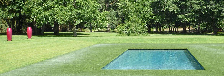 Constructeur de piscine, abri et spa à Bourges, Orléans et Vierzon