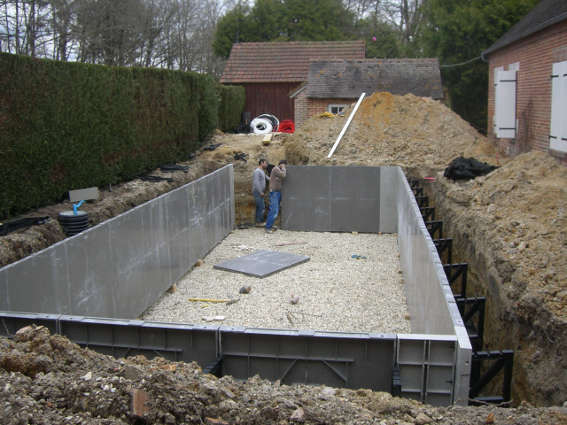 Piscine en chantier pisciniste bourges woestelandt for Construction piscine bourges