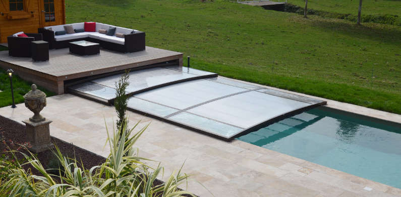 abri pour filtration piscine abri piscine zyke with abri pour filtration piscine beautiful. Black Bedroom Furniture Sets. Home Design Ideas