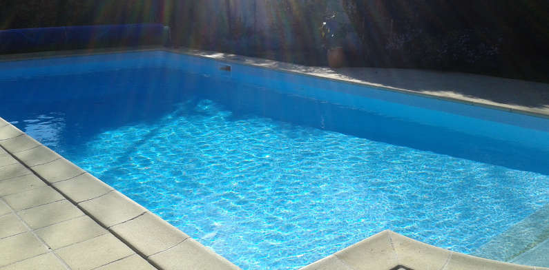 R novation de piscines dans le 18 et le 45 woestelandt for Woestelandt piscine