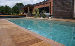 Cr ations de piscines de toutes formes bourges vierzon for Construction piscine orleans